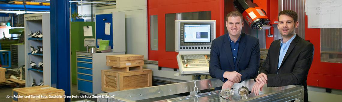 Jörn Reichel und Daniel Betz, Geschäftsführer Heinrich Betz GmbH & Co. KG
