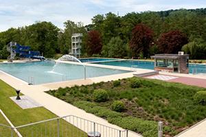 Schwimmbecken im Büdinger Freibad