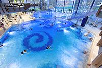 Schwimmbecken in der Spessart Therme Bad Soden-Salmünster
