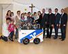 VRmobil-Kinderbus an Kita St. Anna in Somborn übergeben