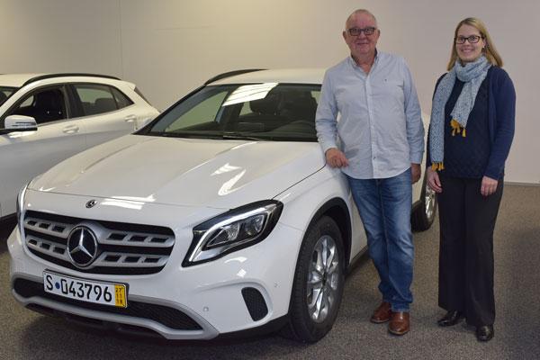 Gewinnübergabe Mercedes GLA an Bernd Frieborg