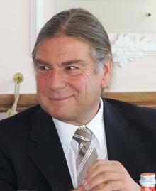 VR Bank verabschiedet Konrad in den Ruhestand