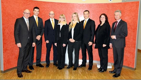 VR Bank Main-Kinzig-Büdingen eG gratuliert frischgebackenen Betriebswirten
