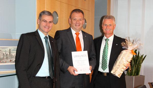 VR Bank Main-Kinzig-Büdingen eG gratuliert Alexander Aul zum Diplom
