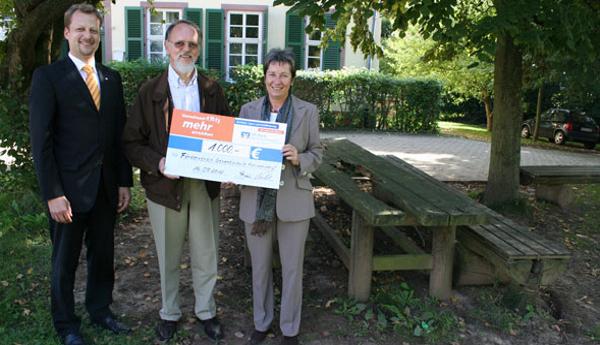 VR Bank unterstützt Gesamtschule in Konradsdorf