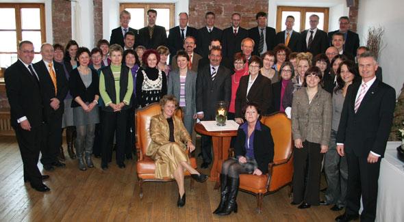 VR Bank ehrt langjährige Mitarbeiter in Gettenbach