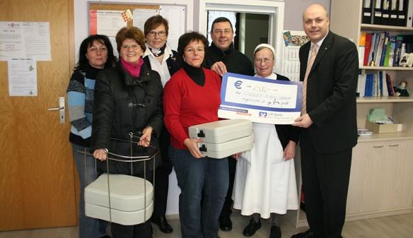 Spende an Kirchengemeinde St. Anna in Somborn übergeben