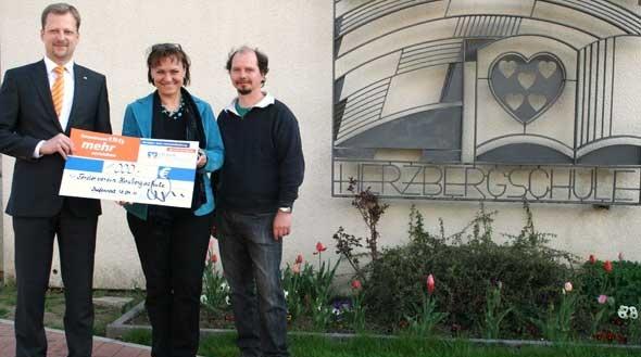 1.000 Euro für die Herzbergschule in Kefenrod