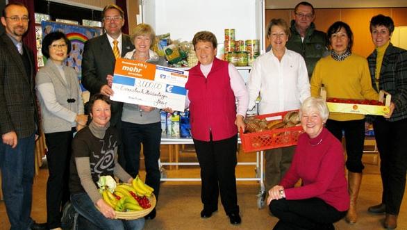 VR Bank unterstützt Essensbank in Nidderau Heldenbergen