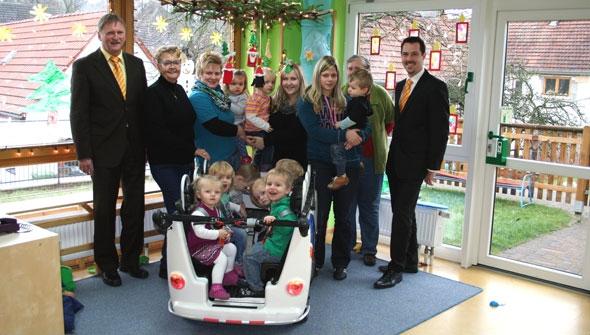 Kinderbus für Regenbogenland in Wolferborn